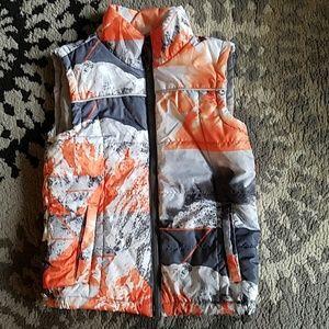 Like new Boys Big Chill Ski/Snowboard Puffer Vest